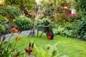 Výběr a koupě správného zahradního nářadí.